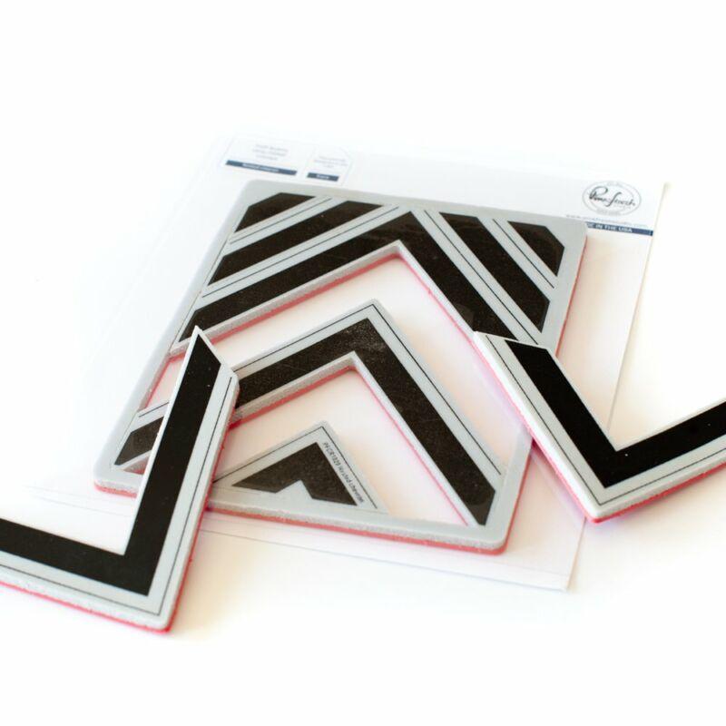 Pinkfresh Studio - Chevron background Cling Rubber Stamp